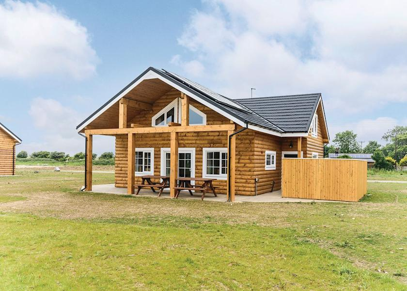 log cabin yorkshire, coastal lodges, Hot tub lodge Yorkshire