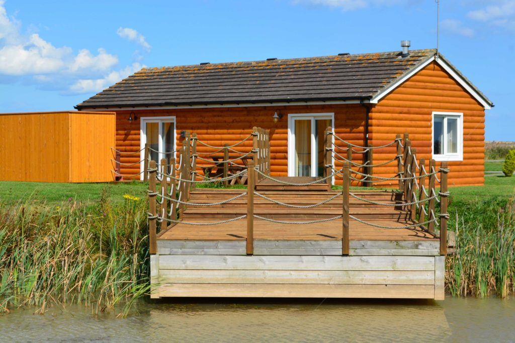 log cabin east yorkshire, hot tub lodge yorkshire, Lodge Park East Yorkshire